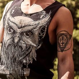 01_low-cut-tanktop_owl_feat
